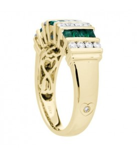 0.98 Carat Baguette Cut Emerald and Diamond Ring 18Kt Yellow Gold