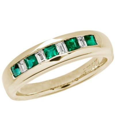 Rings - 0.55 Carat Square Cut Emerald and Diamond Band 18Kt Yellow Gold
