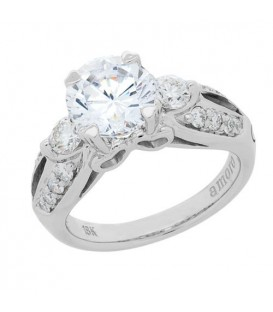 1.75 Carat Round Brilliant Diamond Ring 18Kt White Gold