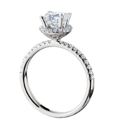 1.04 Carat Round Brilliant Halo Diamond Ring 18Kt White Gold