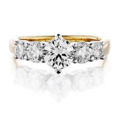 2 Carat Round Brilliant Diamond Ring 18Kt Yellow Gold