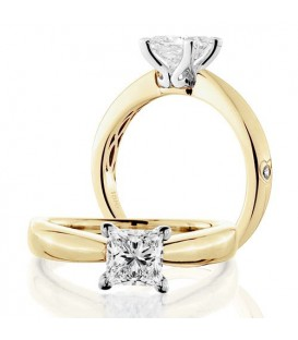 Rings - 0.75 Carat Princess Cut Diamond Solitaire Ring 18Kt Yellow Gold