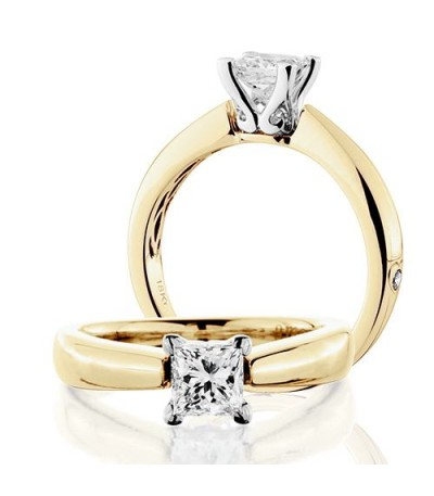 Rings - 1 Carat Princess Cut Diamond Solitaire Ring 18Kt Yellow Gold