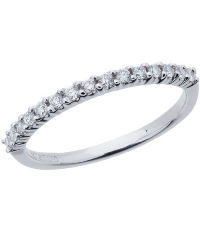 Rings - 0.25 Carat Round Brilliant Diamond Band 18Kt White Gold