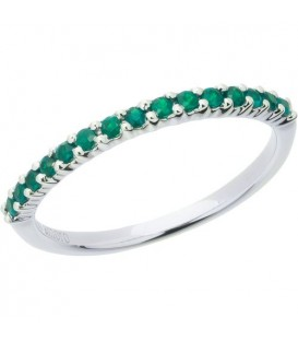 More about 0.30 Carat Round Cut Emerald Band 18Kt White Gold