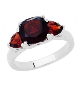 Rings - 2.80 Carat Cushion Cut Garnet Ring in 925 Sterling Silver
