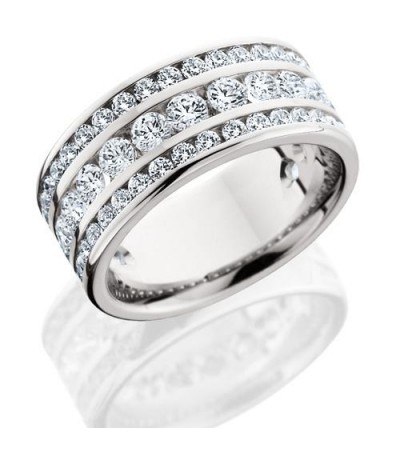 Rings - 2.40 Carat Round Brilliant Diamond Eternity Band 18Kt White Gold