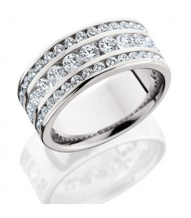 Rings - 1.72 Carat Round Brilliant Diamond Eternity Band 18Kt White Gold