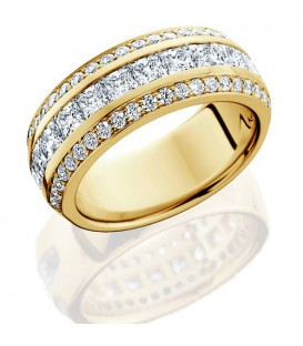 Rings - 1.84 Carat Princess Cut Eternity Band 18Kt Yellow Gold