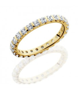 Rings - 1.79 Carat Princess Cut Eternity Band 18Kt Yellow Gold
