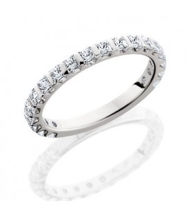Rings - 1.36 Carat Princess Cut Eternity Band 18Kt White Gold