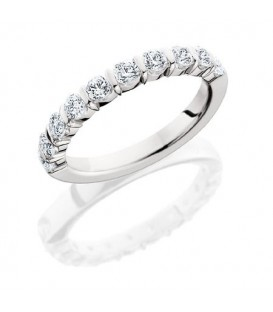 Rings - 0.50 Carat Round Brilliant Eternity Band 18Kt White Gold