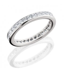 Rings - 2.30 Carat Princess Cut Eternity Band 18Kt White Gold