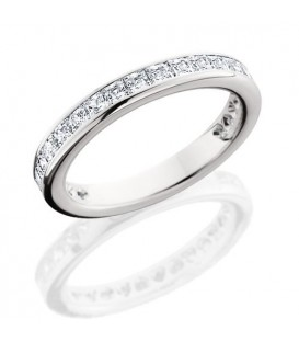 More about 1.70 Carat Princess Cut Eternity Ring 18Kt White Gold