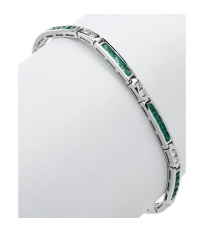 2.50 Carat Emerald and Diamond Bracelet 18Kt White Gold