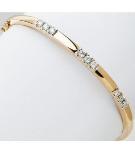 0.66 Carat Diamond Bangle 18Kt Yellow Gold