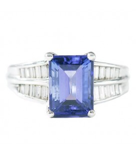 More about 4.50 Carat Stunning Emerald Cut Tanzanite and Diamond 18Kt White Gold Ring