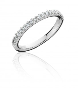 0.29 Carat Round Brilliant Cut Diamond Ring 18Kt White Gold